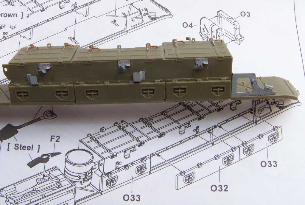 1:35 M42A1 Duster - front of the right fender