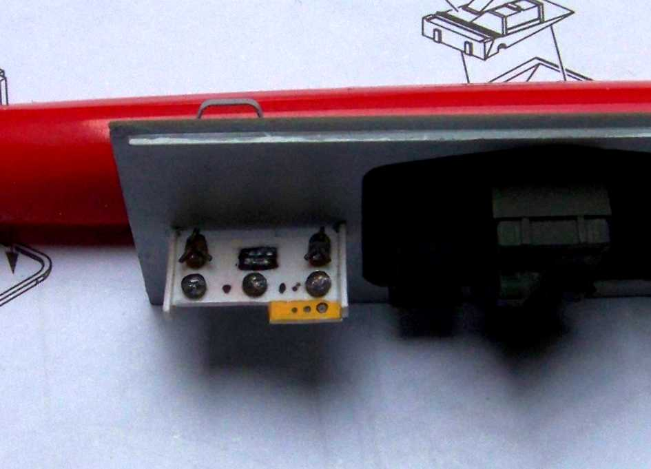 1:35 M42A1 Duster - driver's instrument panel