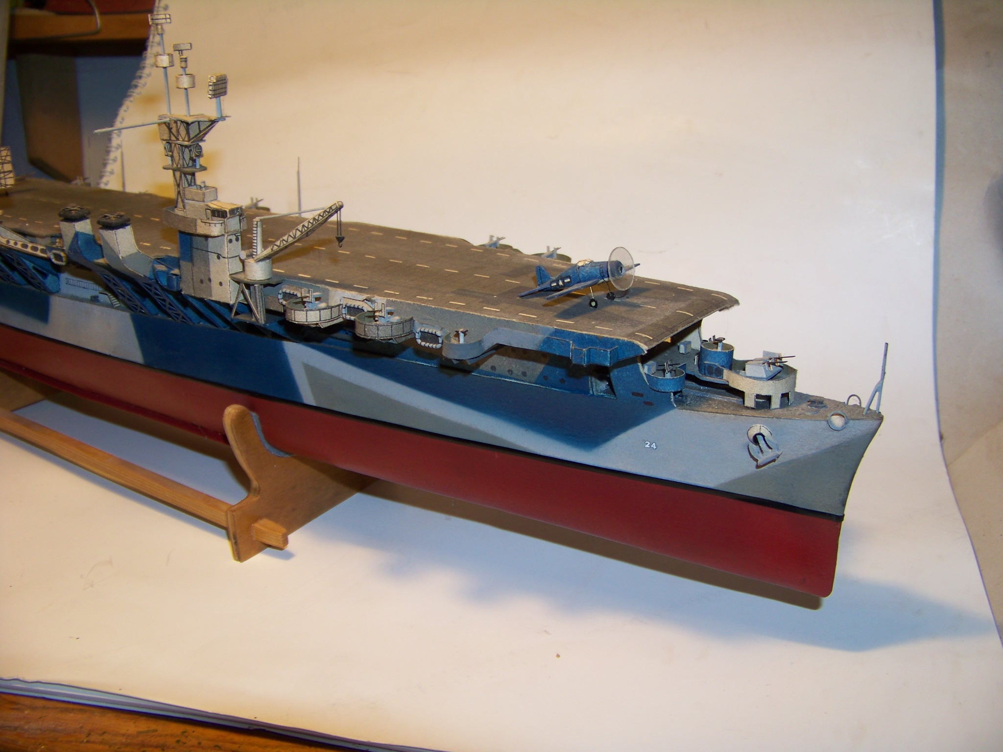 "Maly Modelarz ""USS Belleau Wood"" by Pawel"